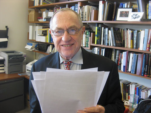 Jew Bashing - USA: Alan Dershowitz, Harvard Law Professor, famous American lawyer  harsh Anti Semitism critic