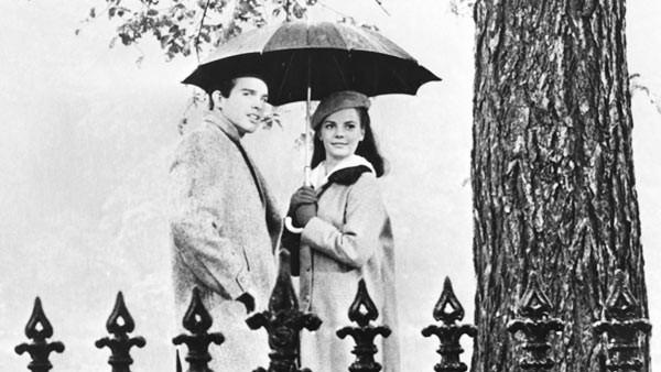 Warren Beatty and Natalie Wood star in Splendor in The Grass
