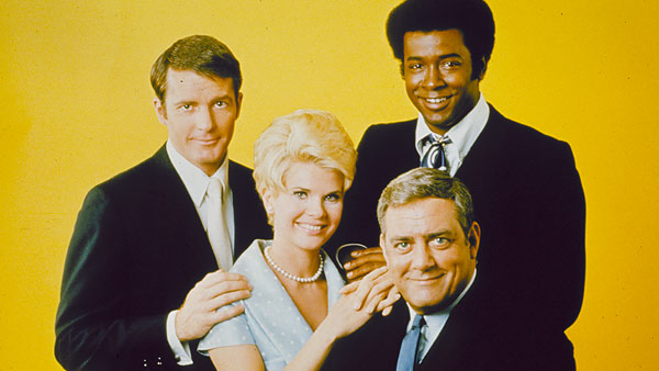 Ironside: (L to R) Det. Sergeant Ed Brown (DON GALLOWAY), Officer Eve Whitfield (BARBARA ANDERSON), Mark Sanger (DON MITCHELL), Chief Robert T. Ironside (RAYMOND BURR)