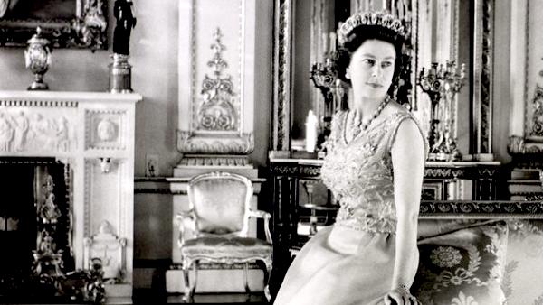 Queen Elizabeth II - Royals