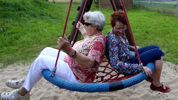 retirees - swing
