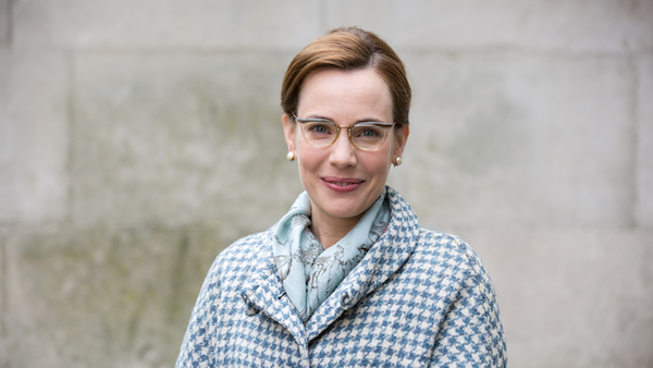 Call the Midwife - Laura Main