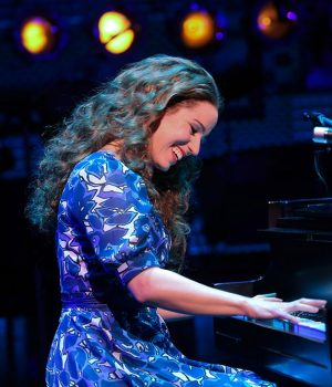 'Beautiful: The Carole King Musical' Star Chilina Kennedy joins The Happy Gang this Morning!