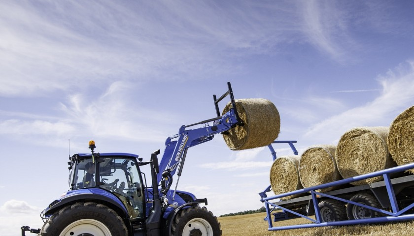 Exclusive New Holland tractor T5.120