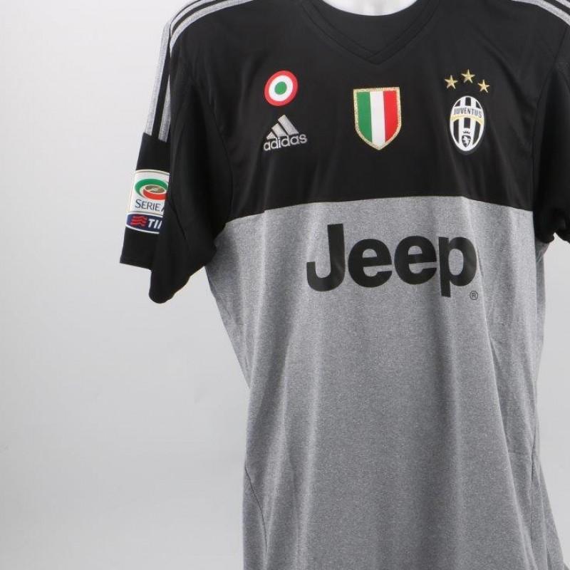 Buffon Juventus shirt, Serie A 2015/2016 - signed