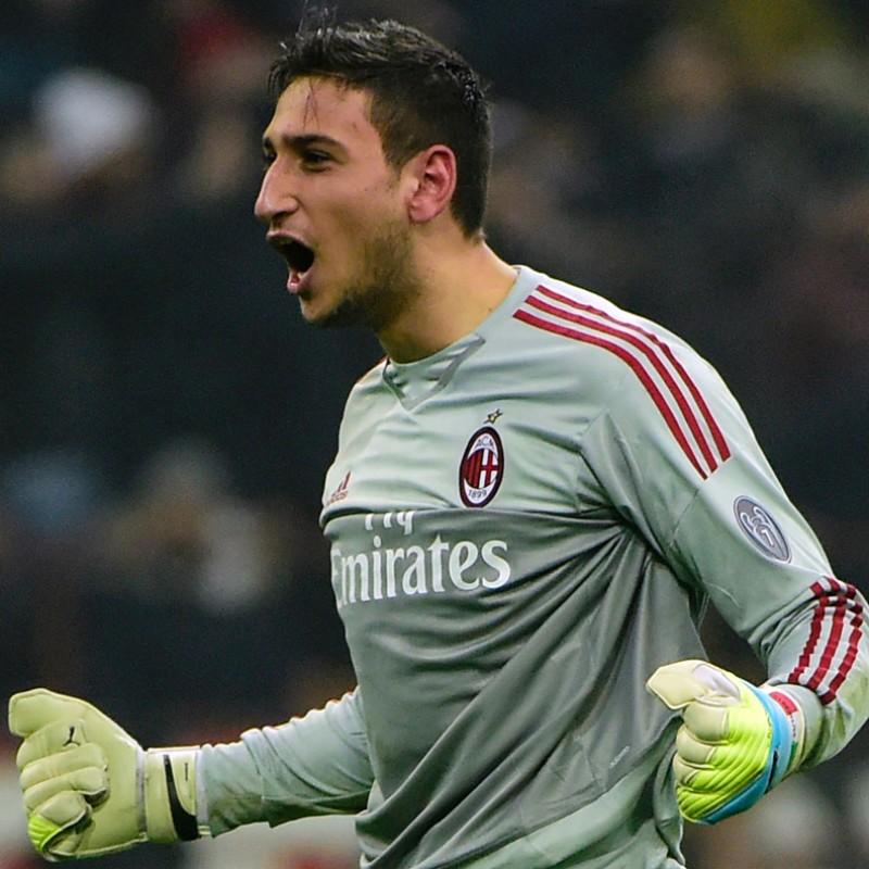 Donnarumma Gloves, Match-Issued Serie A 2015/16