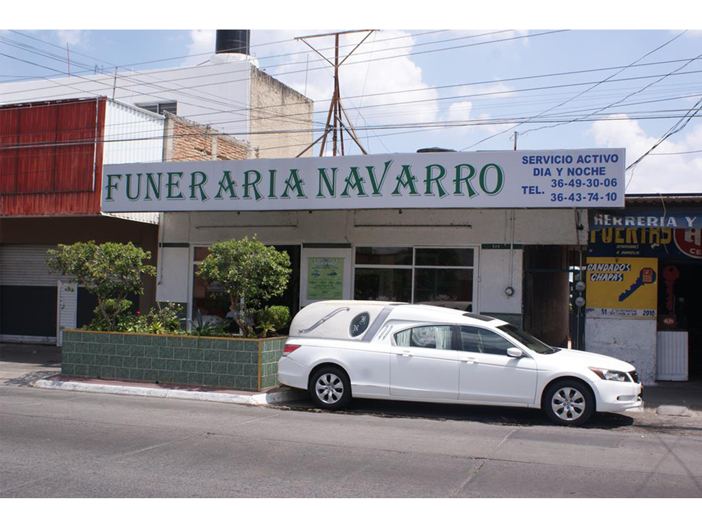 Large funerarias guadalajara  funeraria navarro  fachada