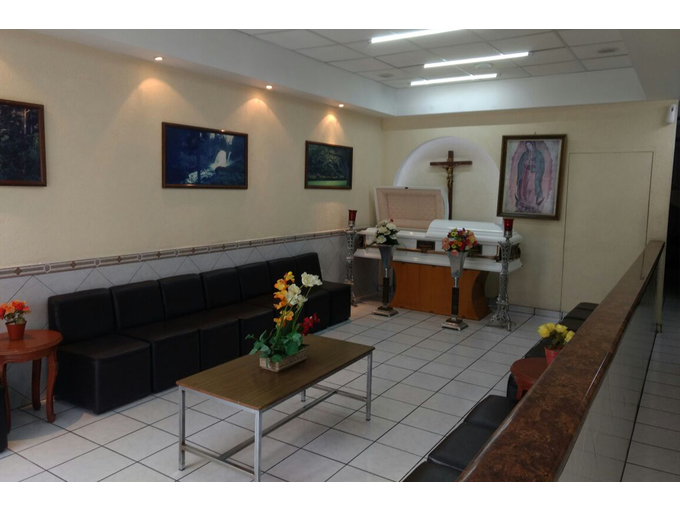 Slider funerarias  guadalajara  de la mora casa funeral  sala velacion 3