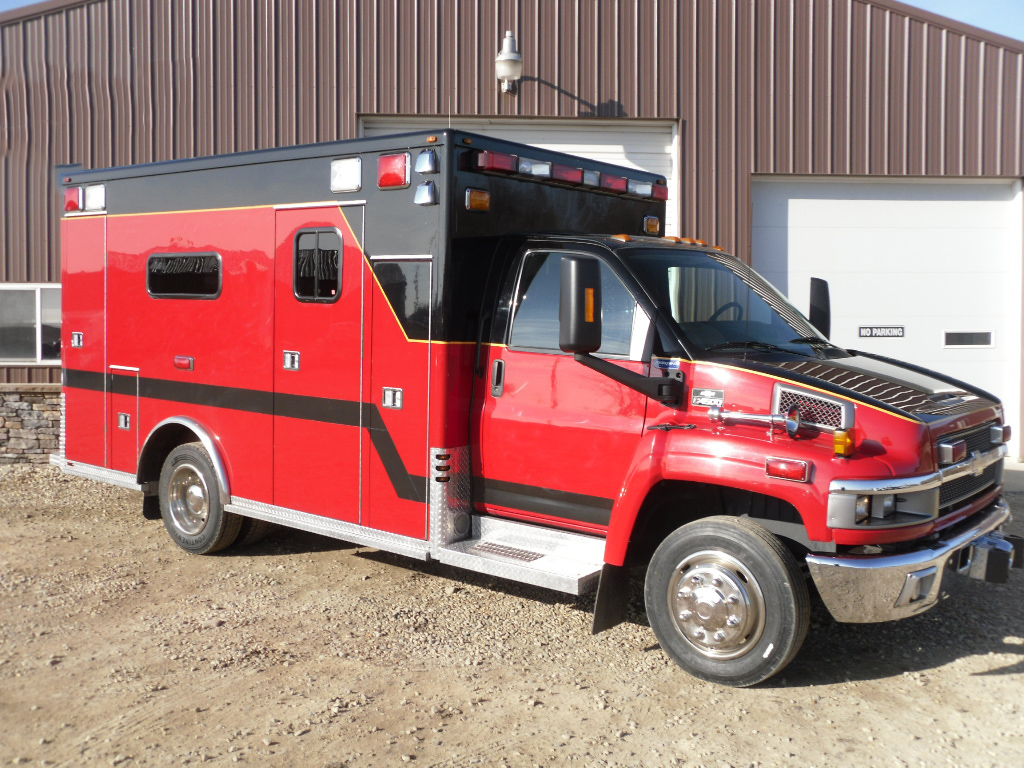 All Chevy chevy c4500 : 2005 Chevy C4500 Marque Heavy Duty Ambulance | Used Truck Details
