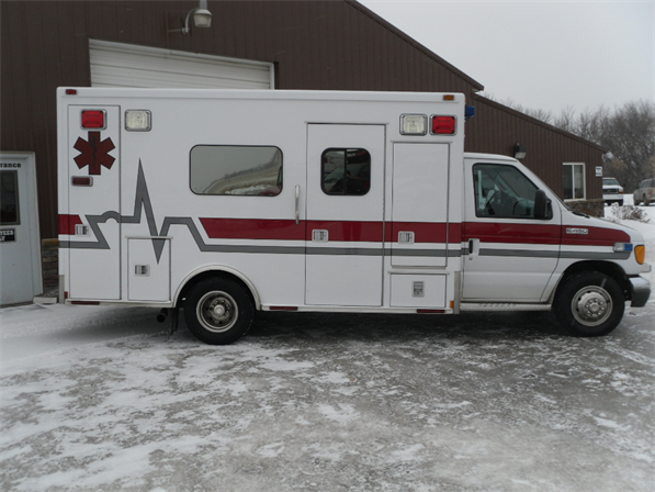 2006 Ford E450 Medtec Type 3 Ambulance   Used Truck Details