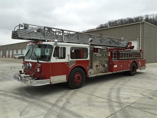 Seagrave Fire Apparatus >> 1983 Seagrave 100 Ladder Used Truck Details