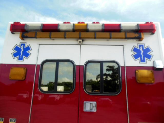 2004 Medtec International Fire Rescue Ambulance