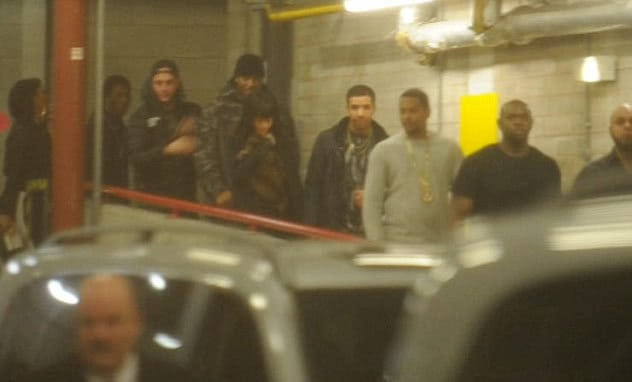 Drake & Rihanna photographed holding hands