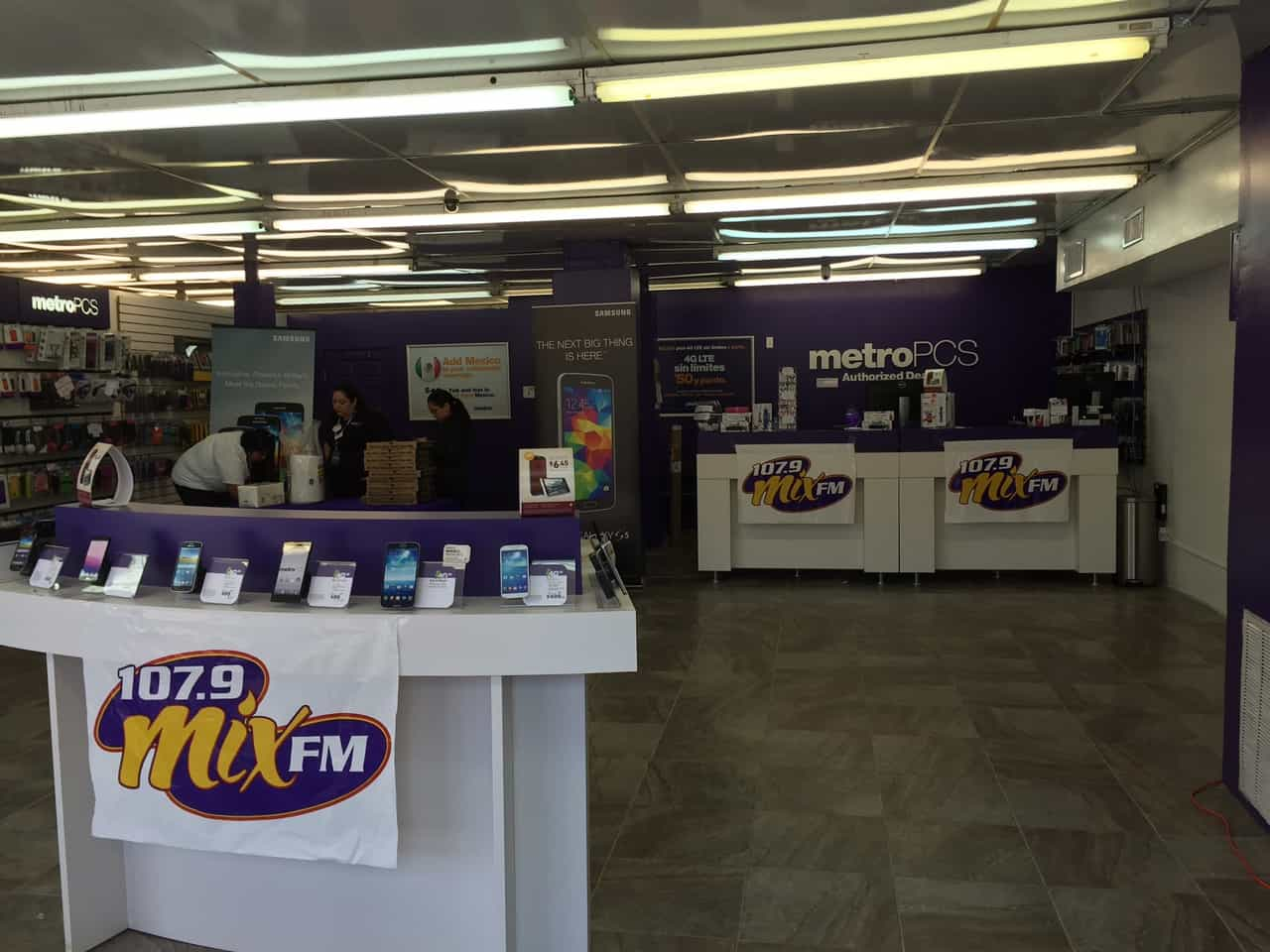The Mix at Metro PCS in Brownsville