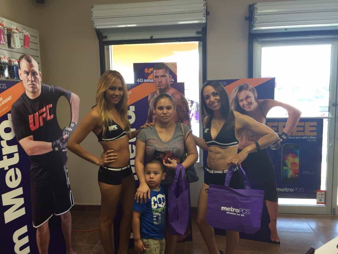 Metro PCS & 107.9 Mix FM getting ready for UFC 187 at Tilted Kilt