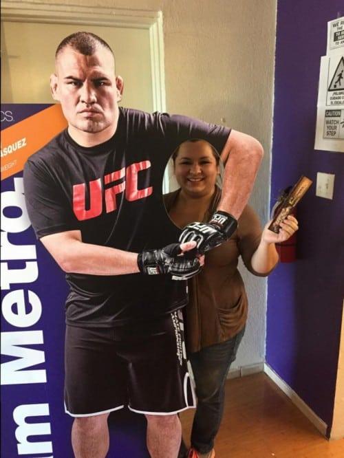 UFC Giveaways at Metro PCS!