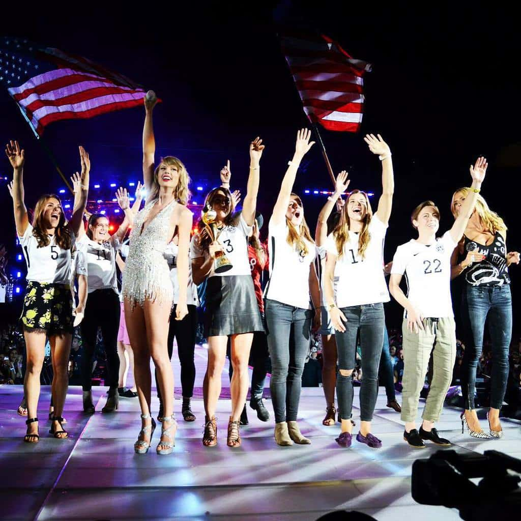 Taylor Swift brings the world champion women's U.S. Soccer Team onstage in New Jersey