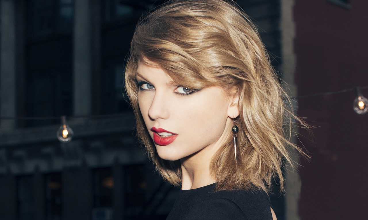 A Denver DJ Got Canned for Allegedly Grabbing Taylor Swift's Butt
