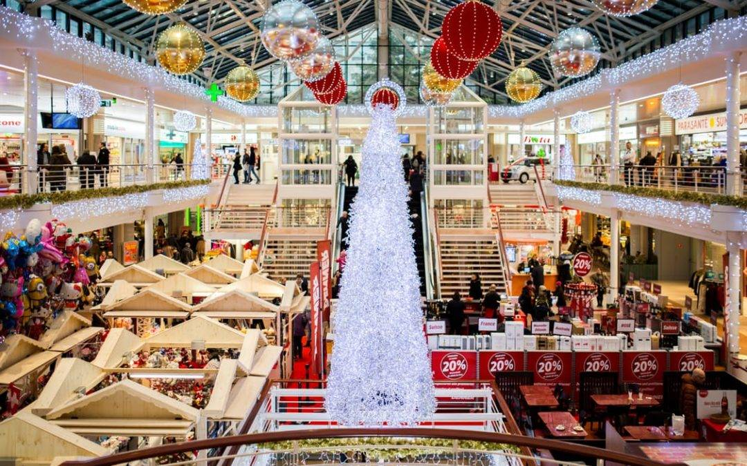 These Four Mind Tricks Will Save You Money During the Holidays
