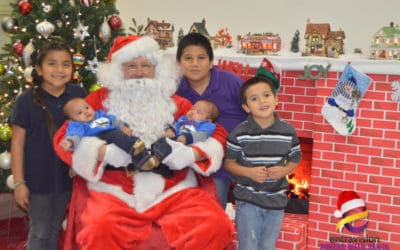 Pictures with Santa at Entravision