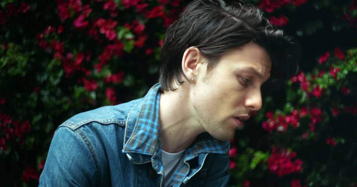 James Bay Releases New Music Video For 'Us'