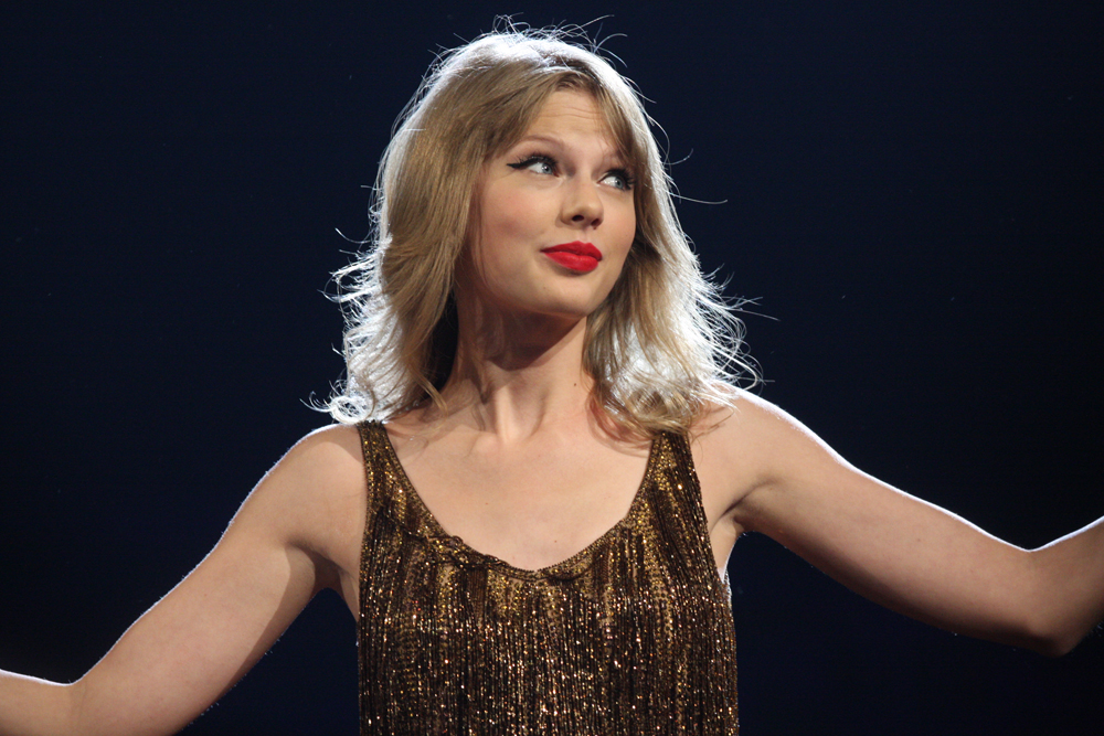 Taylor Swift Lists the Songs She Listens to When She's Going Through a Rough Break-Up