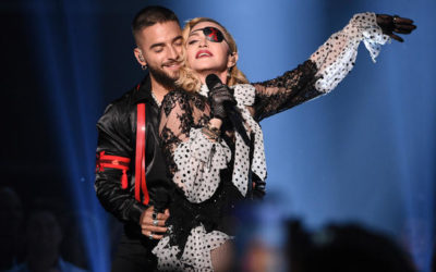"Madonna Brought Holograms to the ""Billboard Music Awards"", but Halsey Brought Lesbian Porn (Sorta)"