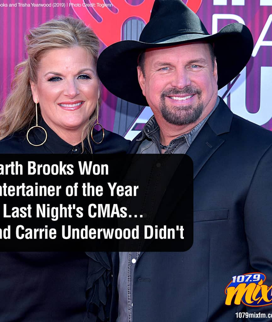 Garth Brooks Won Entertainer of the Year at Last Night's CMAs . . . and Carrie Underwood Didn't