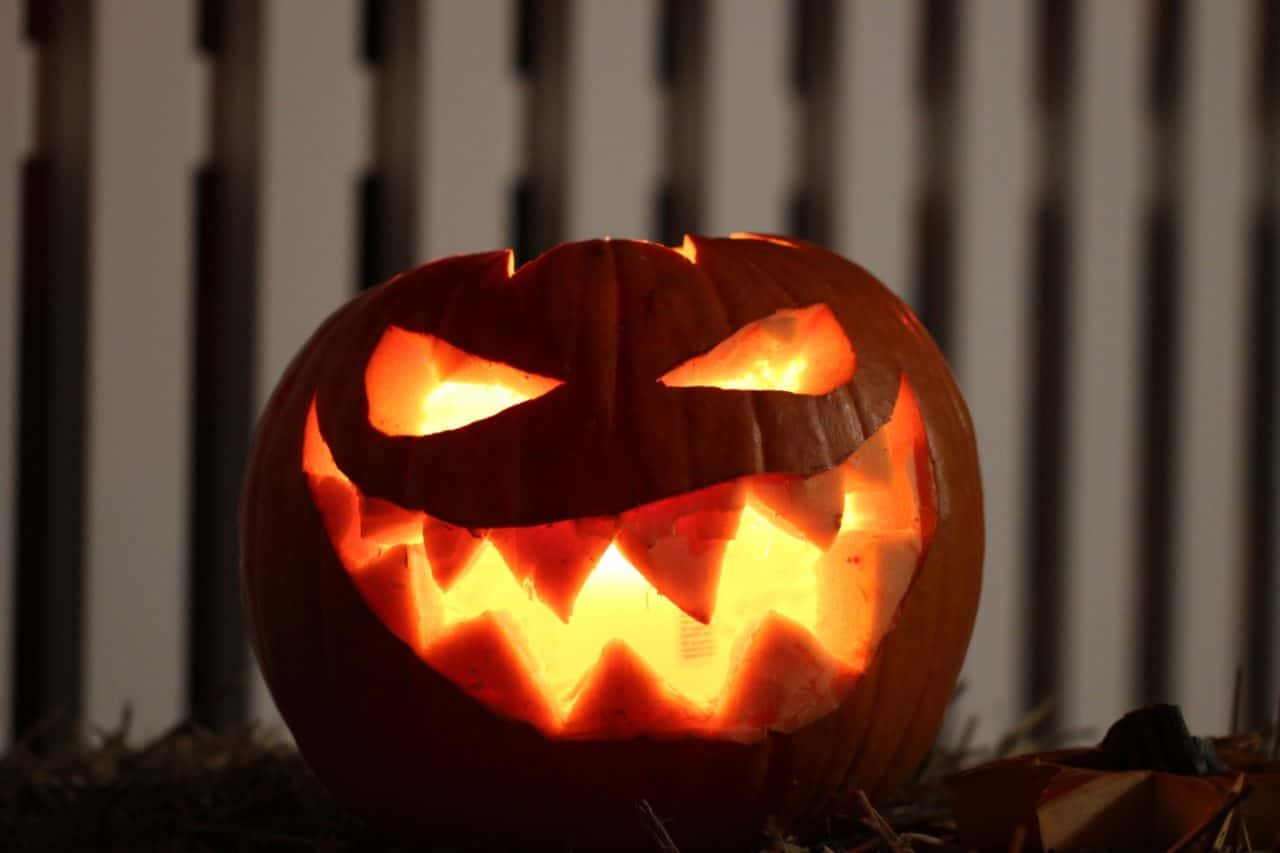 """The Government Won't Move the Date of Halloween . . . So There's a New Plan to Make """"National Trick or Treat Day"""" 1"""