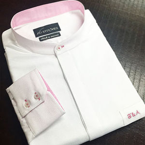White_pink_shirt_opt