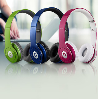 Beats by Dr. Dre Solo HD Headphones (Newest Version) w/ Detachable Cable, Case, & Mic/Remote Control on Cable!