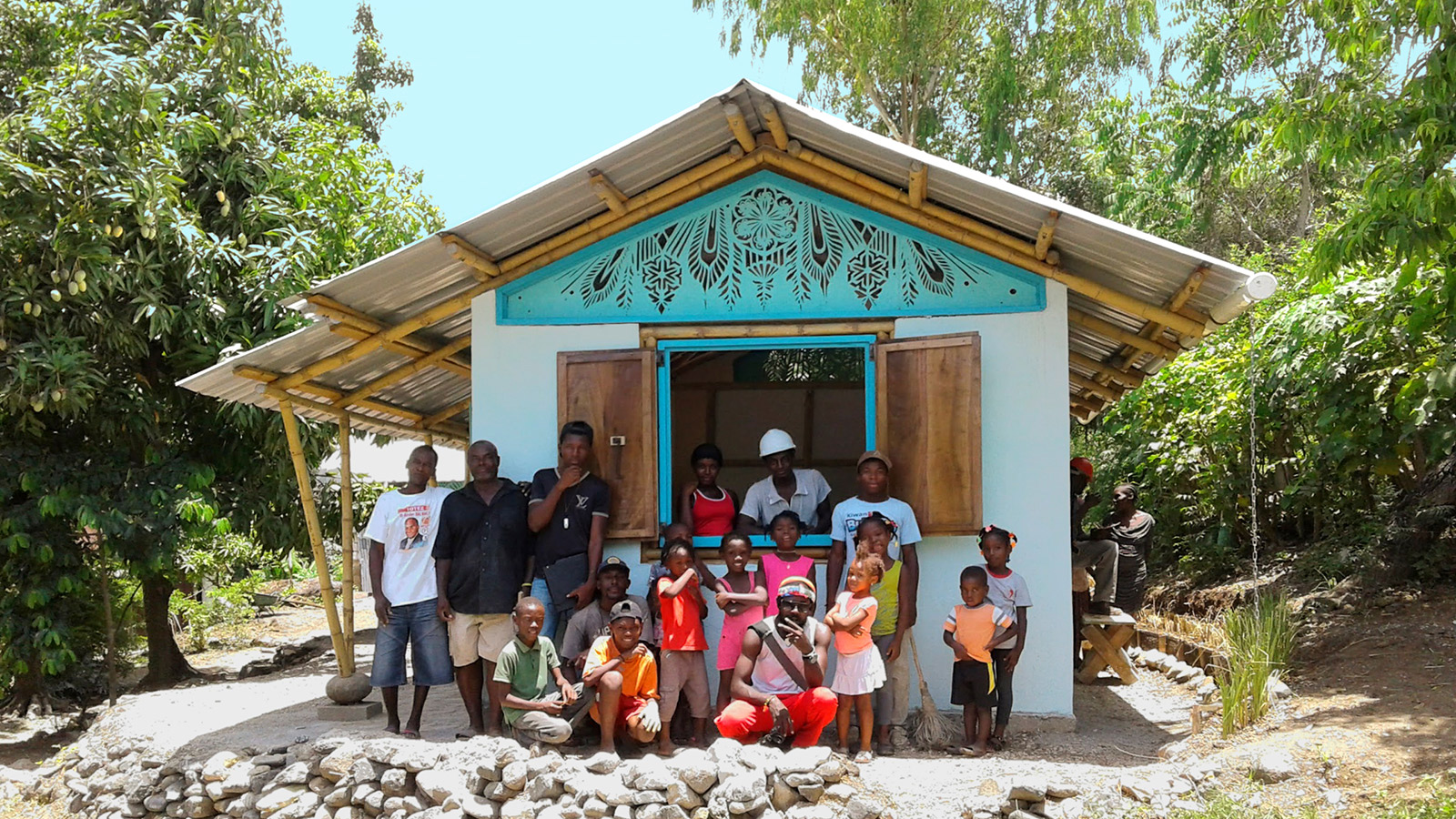 The-home-is-complete!-The-left-wing-of-the-3-part-Bamboo-home-in-Cormiers-Haiti_srgb