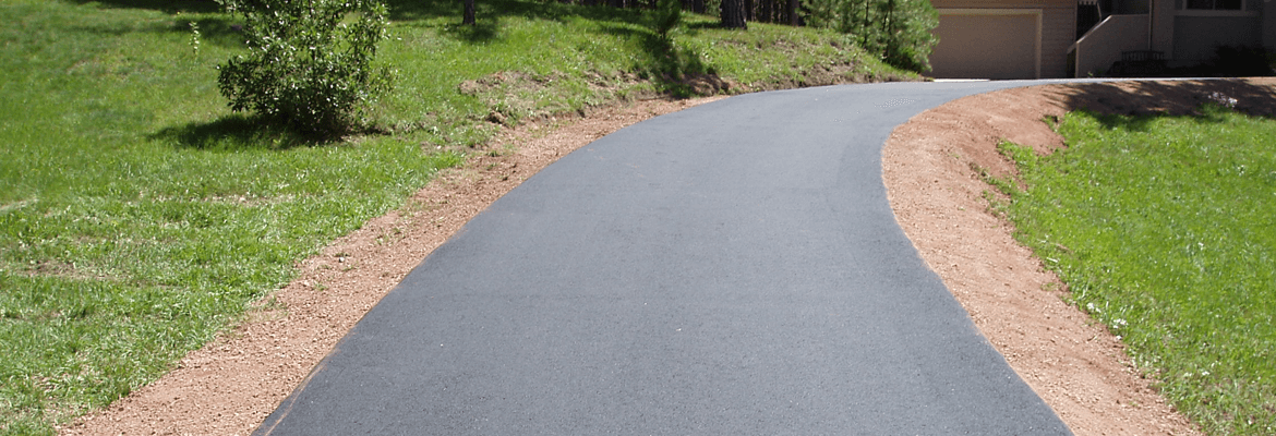 The costs to install an asphalt driveway