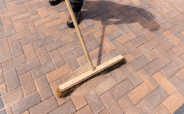 Learn how to perform interlocking paver driveway tasks yourself