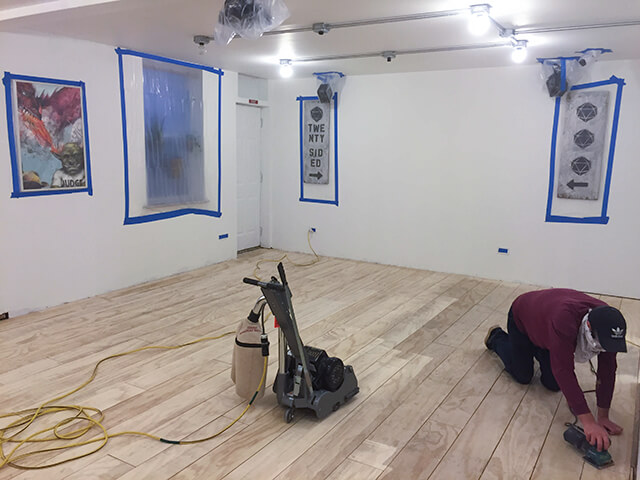 Floors 1