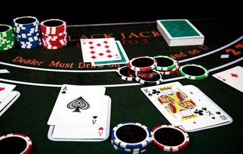 Menghasilkan Uang Melalui Internet Online Poker Situsagenbandarq Over Blog Com