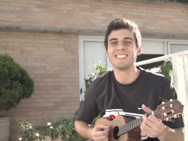 Fábio Brazza, estudante-atleta de Wingate University e atual rapper e youtuber