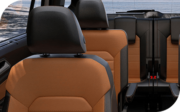 Compare new 2018 Volkswagen Atlas vs Honda Pilot Interior Styling