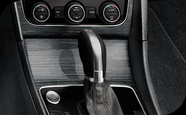 Compare new 2018 Volkswagen Passat vs Mazda6 Driver Assistance Benefits