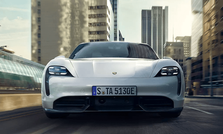 2020 Porsche Taycan Turbo Model Features