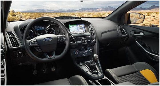 2016 Ford Focus ST Model Interior Style