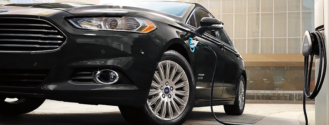 2016 Ford Fusion Energi Model Information