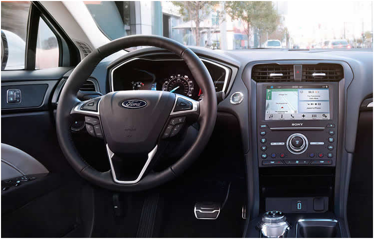 2017 Ford Fusion Model Interior Style