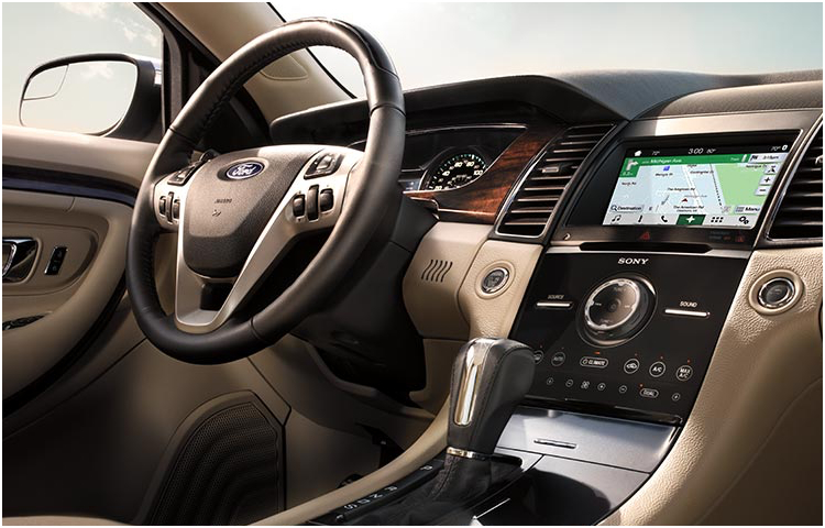2017 Ford Taurus Model Interior Style