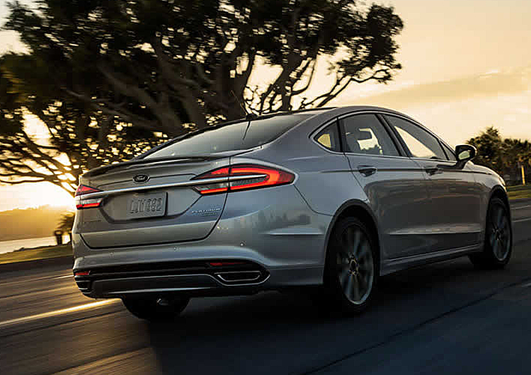 2017 Ford Fusion Hybrid model performance