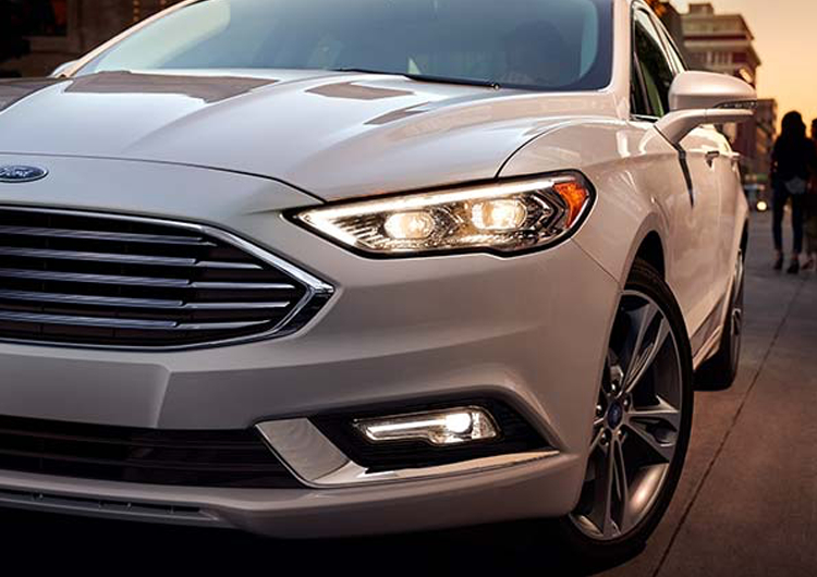 2017 Ford Fusion Model Design Features
