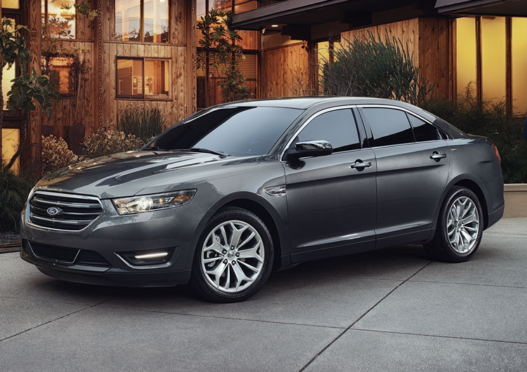 2017 Ford Taurus Design Features