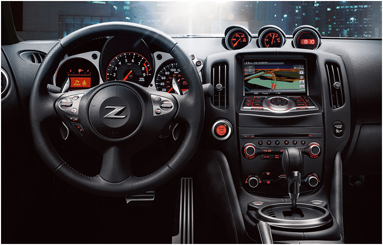 2018 Nissan 370Z Coupe sports car interior design
