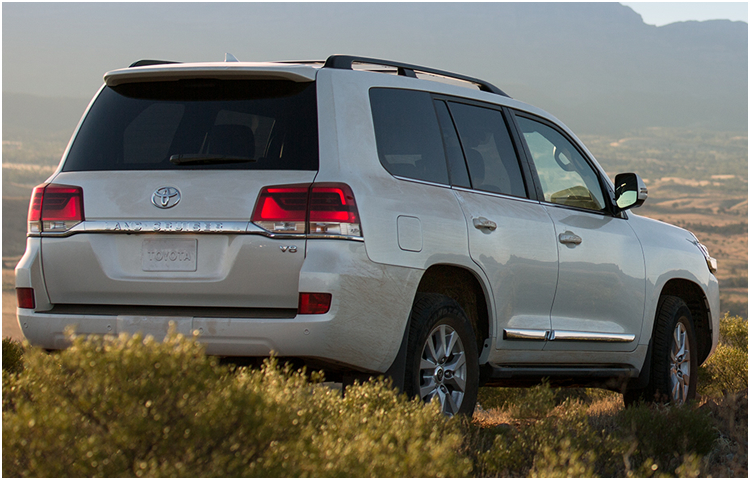 2017 Toyota Land Cruiser Exterior Styling