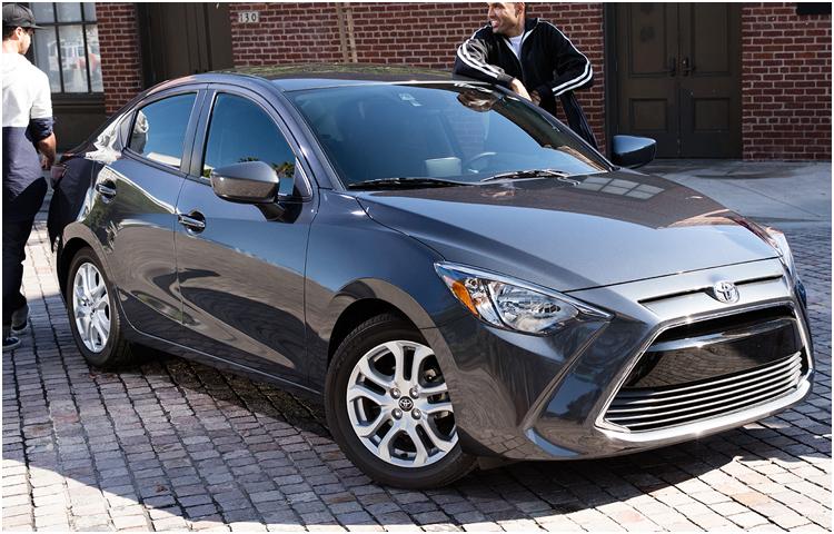 New 2017 Toyota Yaris iA Model Exterior Styling